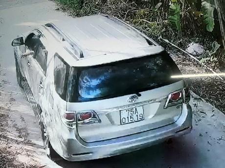 Thừa Thiên-Huế: Dịch vụ ''xe ké'' đưa người từ vùng dịch về trốn cách ly