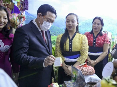 Hà Nội đẩy mạnh hợp tác liên kết du lịch với các địa phương