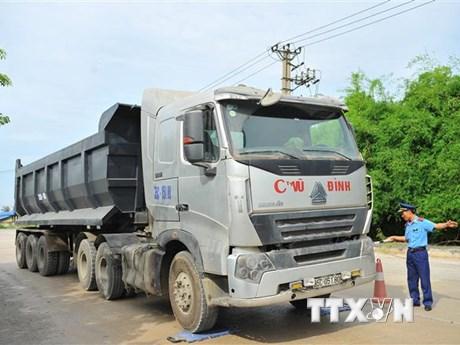 Tình trạng xe quá tải tiếp tục tái diễn trên nhiều tuyến quốc lộ