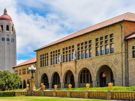 Tỷ phú Trung Quốc chi 6,5 triệu USD để con gái được học ở Stanford