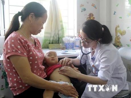 """Chương trình """"Trái tim cho em"""" đến với trẻ em vùng khó khăn Sơn La"""