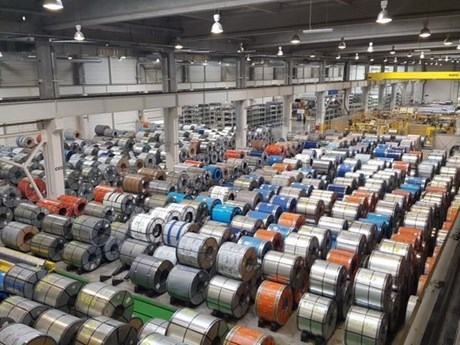 Giá cổ phiếu của nhà sản xuất thép lớn thứ hai Hàn Quốc giảm mạnh | Chứng khoán | Vietnam+ (VietnamPlus)