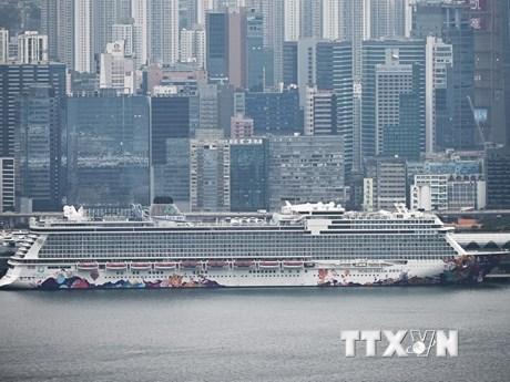 Indonesia cách ly 188 công dân làm việc trên du thuyền World Dream