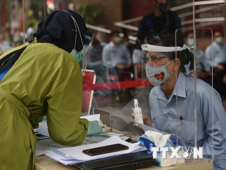 Số ca mắc COVID-19 tại Indonesia và Philippines tăng đáng báo động