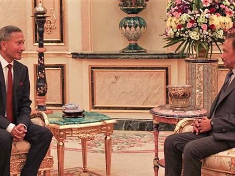 Những thách thức gì đang chờ đón ASEAN trong năm 2021?