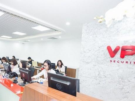 """VPS """"soán ngôi"""" SSI trong Top 10 thị phần môi giới cổ phiếu quý 1"""