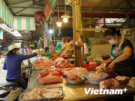 Hà Nội: Hàng hóa dồi dào, giá ổn định trong ngày đầu giãn cách xã hội