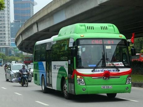 'Chỉ mặt' nguyên nhân khiến người dân dần 'quay lưng' với xe buýt | Giao thông | Vietnam+ (VietnamPlus)