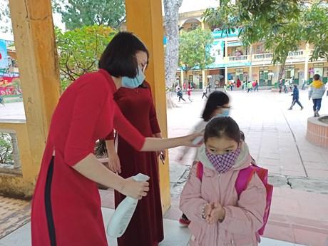Học sinh Hà Nội tạm dừng đến trường từ ngày 4/5 phòng dịch COVID-19