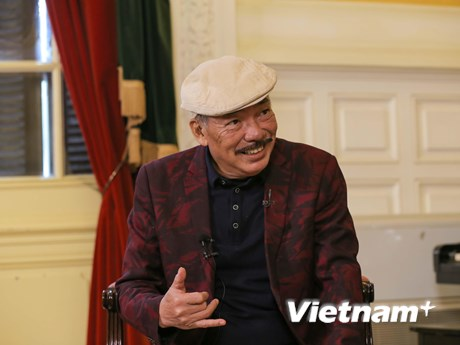 Sau tin đồn qua đời, nhạc sỹ Trần Tiến trở lại và kể 'Chuyện tình'