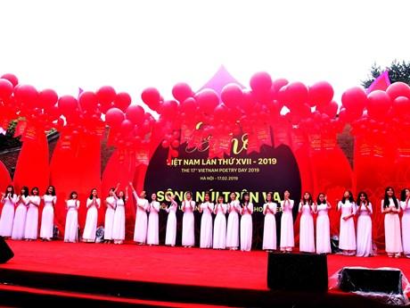 Chủ tịch Hội nhà văn: Không tổ chức trực tuyến Ngày thơ Việt Nam