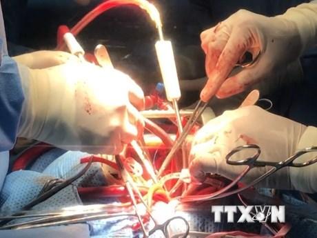 Cận cảnh ca phẫu thuật thành công cho bệnh nhân u tim hiếm gặp