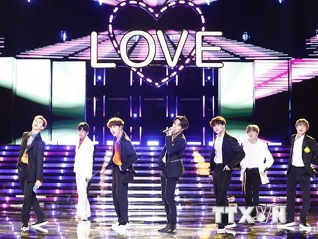 BTS tiêu thụ số vé kỷ lục trong tour lưu diễn vòng quanh thế giới | Âm nhạc | Vietnam+ (VietnamPlus)