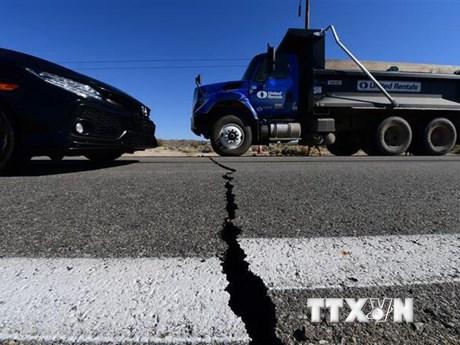 Mỹ: Bang California nhanh chóng khắc phục hậu quả sau động đất | Đời