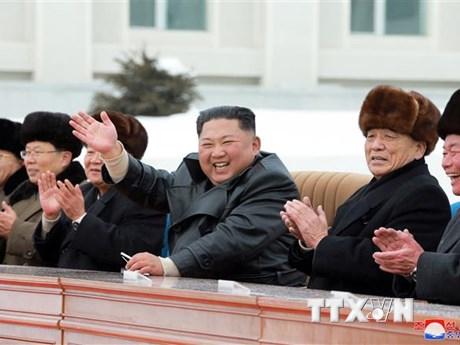 Nhà lãnh đạo Triều Tiên Kim Jong-un giám sát hoạt động...