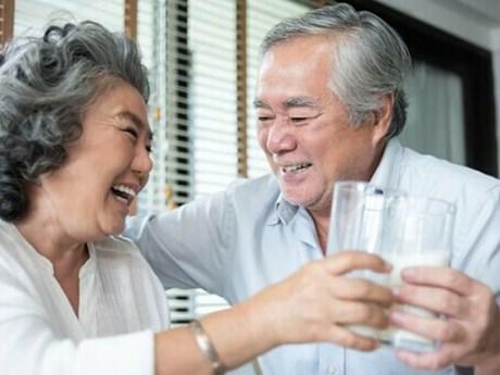 Tăng cường hệ miễn dịch - vũ khí bảo vệ người lớn tuổi trước dịch bệnh