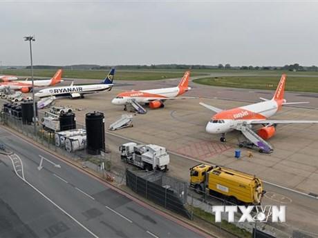Các hãng hàng không châu Âu ''gặp khó'' do đại dịch COVID-19