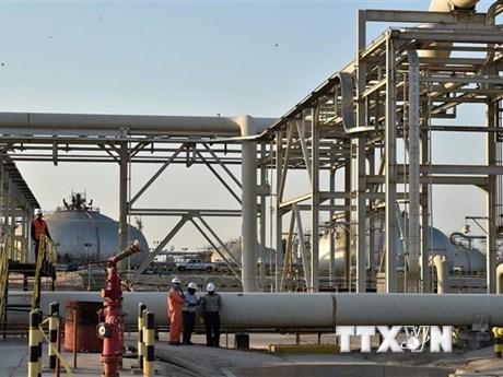 OPEC+ nhất trí nới lỏng quy mô hạn chế sản lượng khai thác