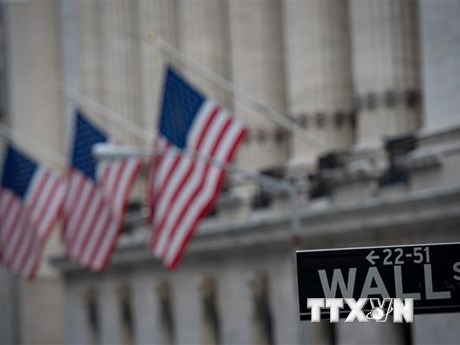 Mỹ thắt quy định với doanh nghiệp Trung Quốc niêm yết trên Phố Wall