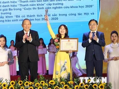 Phó Thủ tướng: Phát huy trí tuệ và tinh thần xung kích của sinh viên