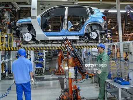 Tình trạng thiếu hụt chip cản đà phục hồi của ngành ôtô Trung Quốc