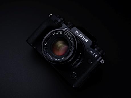 Fujifilm X-T4 ra mắt: Chống rung cảm biến IBIS, giá từ 1.699 USD   Sản phẩm mới   Vietnam+ (VietnamPlus)