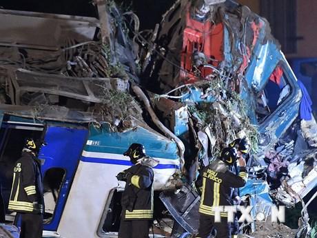 [Photo] Tai nạn đường sắt gây nhiều thương vong ở Italy