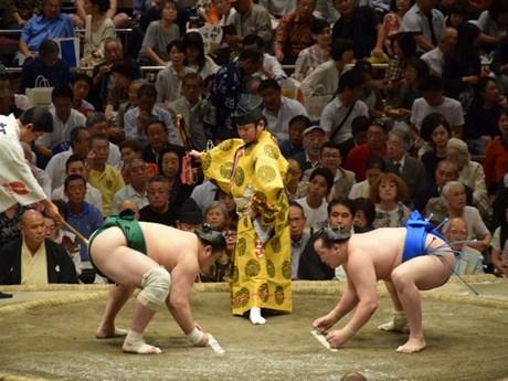 [Photo] Khai mạc giải đấu Sumo Lớn Mùa thu ở Nhật Bản