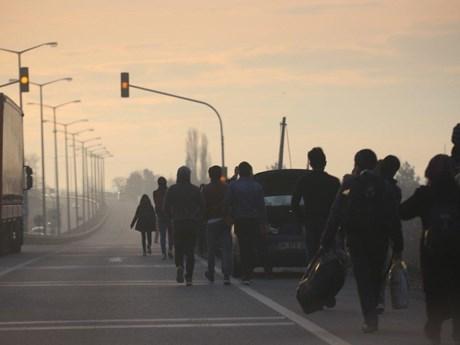 Người di cư Syria đổ qua biên giới sau khi Thổ Nhĩ Kỳ