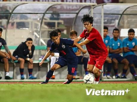 Cận cảnh cầu thủ Thái Lan nhiều lần 'tắt điện' trước Việt Nam   Bóng đá   Vietnam+ (VietnamPlus)