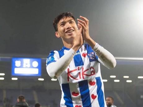 Văn Hậu ghi dấu ấn, giúp đội trẻ SC Heerenveen thắng đậm | Bóng đá | Vietnam+ (VietnamPlus)