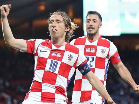 Luka Modric: Đẳng cấp Quả bóng Vàng đưa Croatia vào vòng 1/8 EURO