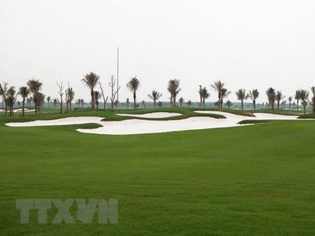 Chủ thẻ VietinBank Visa Signature được hưởng ưu đãi khi chơi golf