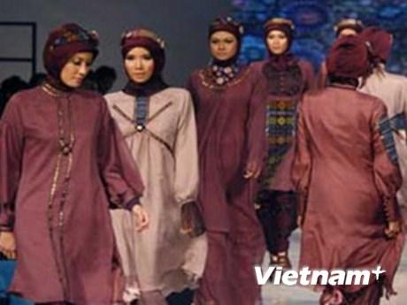 """Jakarta hướng tới """"Mecca của thời trang Hồi giáo"""""""