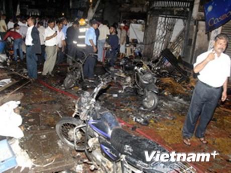 Thủ tướng chia buồn về các vụ đánh bom ở Mumbai