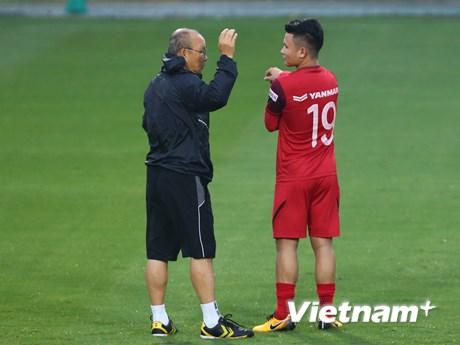HLV Park Hang-seo muốn Quang Hải nhường giải Quả bóng...