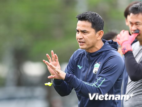 HLV Kiatisak: Hoàng Anh Gia Lai sẽ 'đổi vận' trước Hà Nội FC