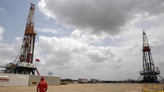 Xuất khẩu dầu mỏ của Venezuela tăng nhẹ trở lại trong tháng 4/2020
