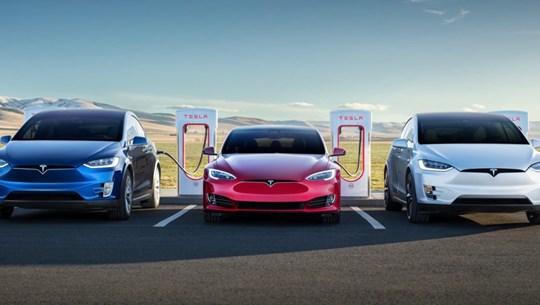 Tesla bồi thường 1,5 triệu USD liên quan khiếu nại về điện áp ắcquy