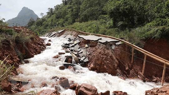 Lãnh đạo các nước thăm hỏi về thiệt hại do bão lũ tại miền Trung