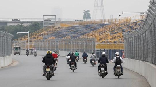 Người dân Hà Nội phản ứng ra sao trước thông tin hoãn đua xe F1?