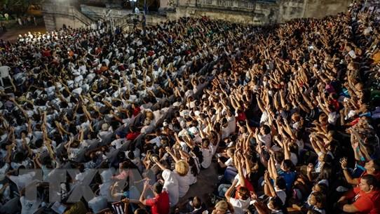 Người dân Cuba tuần hành tưởng nhớ lãnh tụ cách mạng Fidel Castro