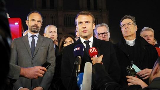 Tỷ lệ ủng hộ Tổng thống Pháp ở mức thấp sau vụ cháy Nhà thờ Đức Bà