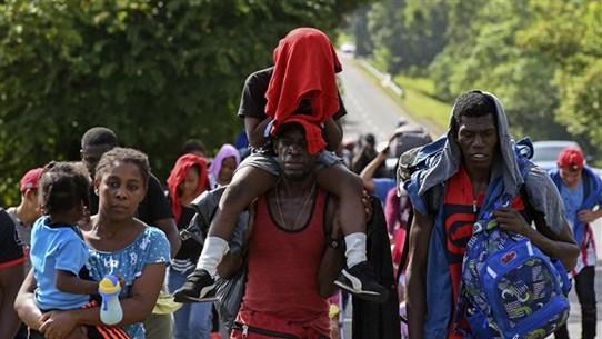 Hàng chục người di cư bị bắt cóc tại miền Trung Mexico