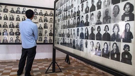 Campuchia yêu cầu gỡ những tấm ảnh bị sửa đổi về nạn nhân của Khmer Đỏ