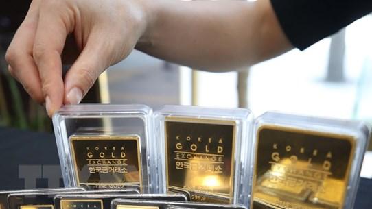 Giá vàng suy giảm tuần thứ 3 liên tiếp dù phục hồi trong phiên cuối