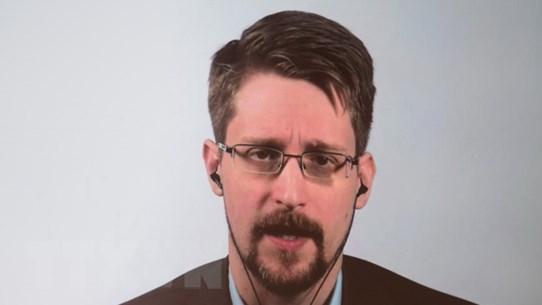 Nga đã cấp quyền cư trú vô thời hạn cho Edward Snowden