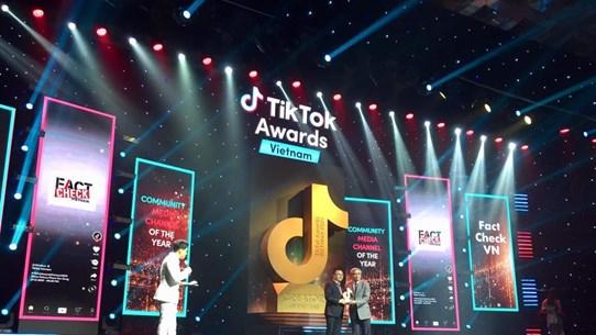 Dự án chống tin giả của TTXVN được vinh danh ở TikTok Awards Việt Nam