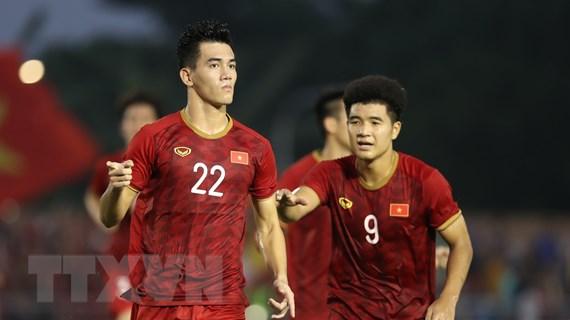 Chung kết U22 Việt Nam-U22 Indonesia: Tiến Linh, Đức Chinh đá chính