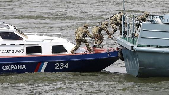Nga bắt giữ 2 tàu Triều Tiên xâm phạm vùng đặc quyền kinh tế